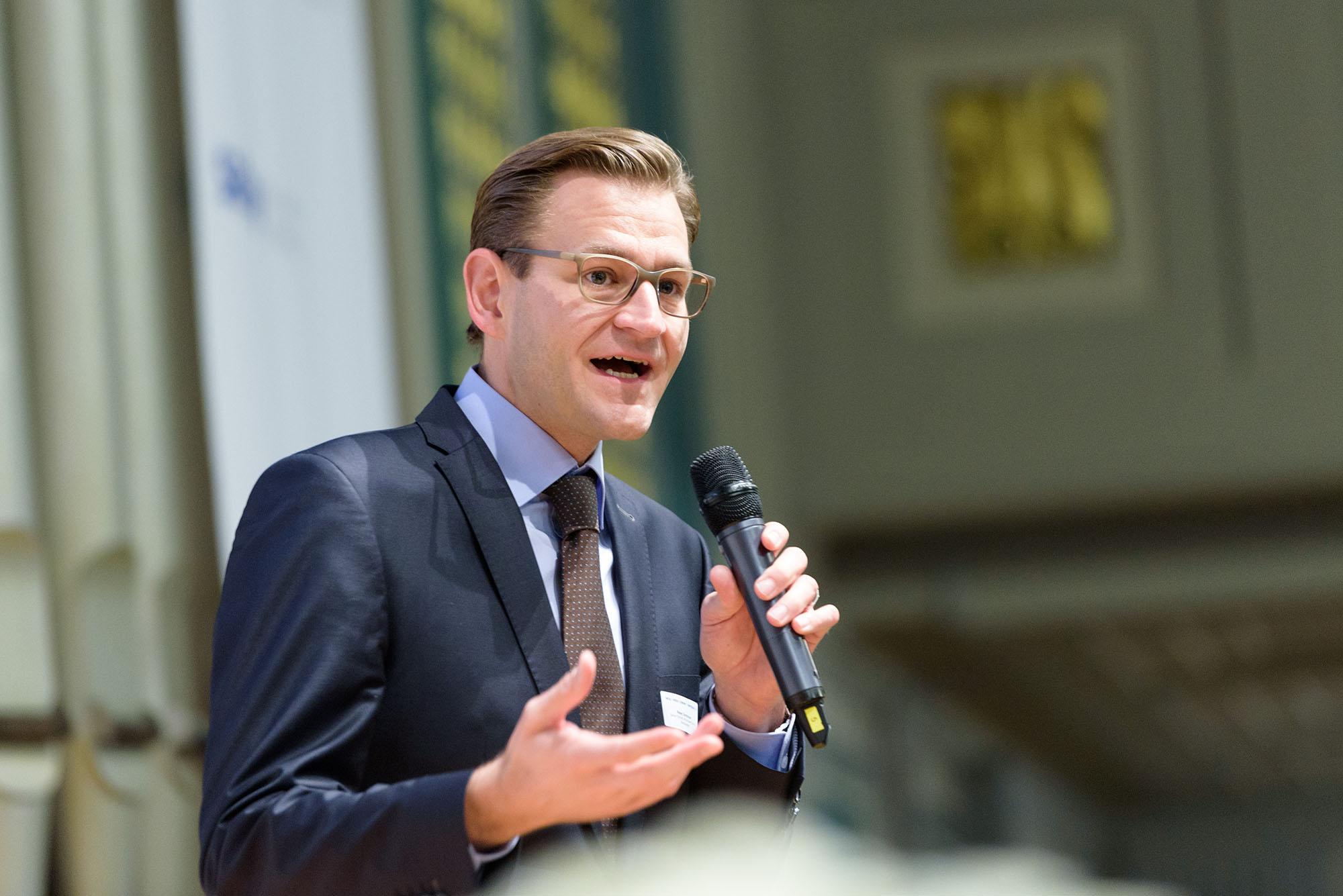 Dominique Reber, Senior Partner Hirzel.Neef.Schmid.Konsulenten