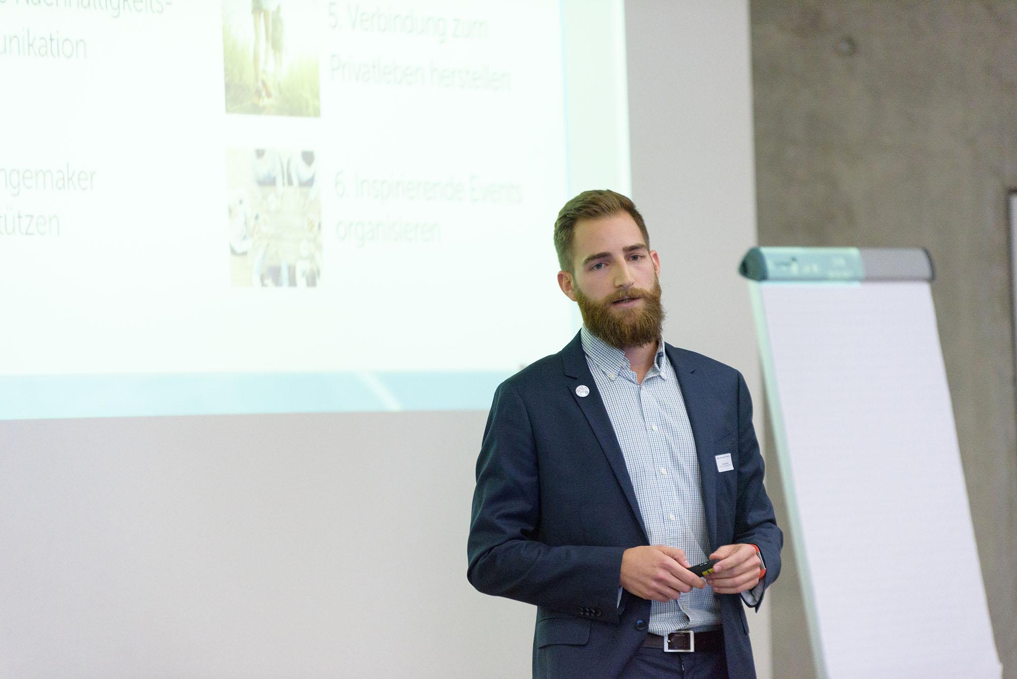Riccardo Decarolis, Head of Customer Relations WeAct AG