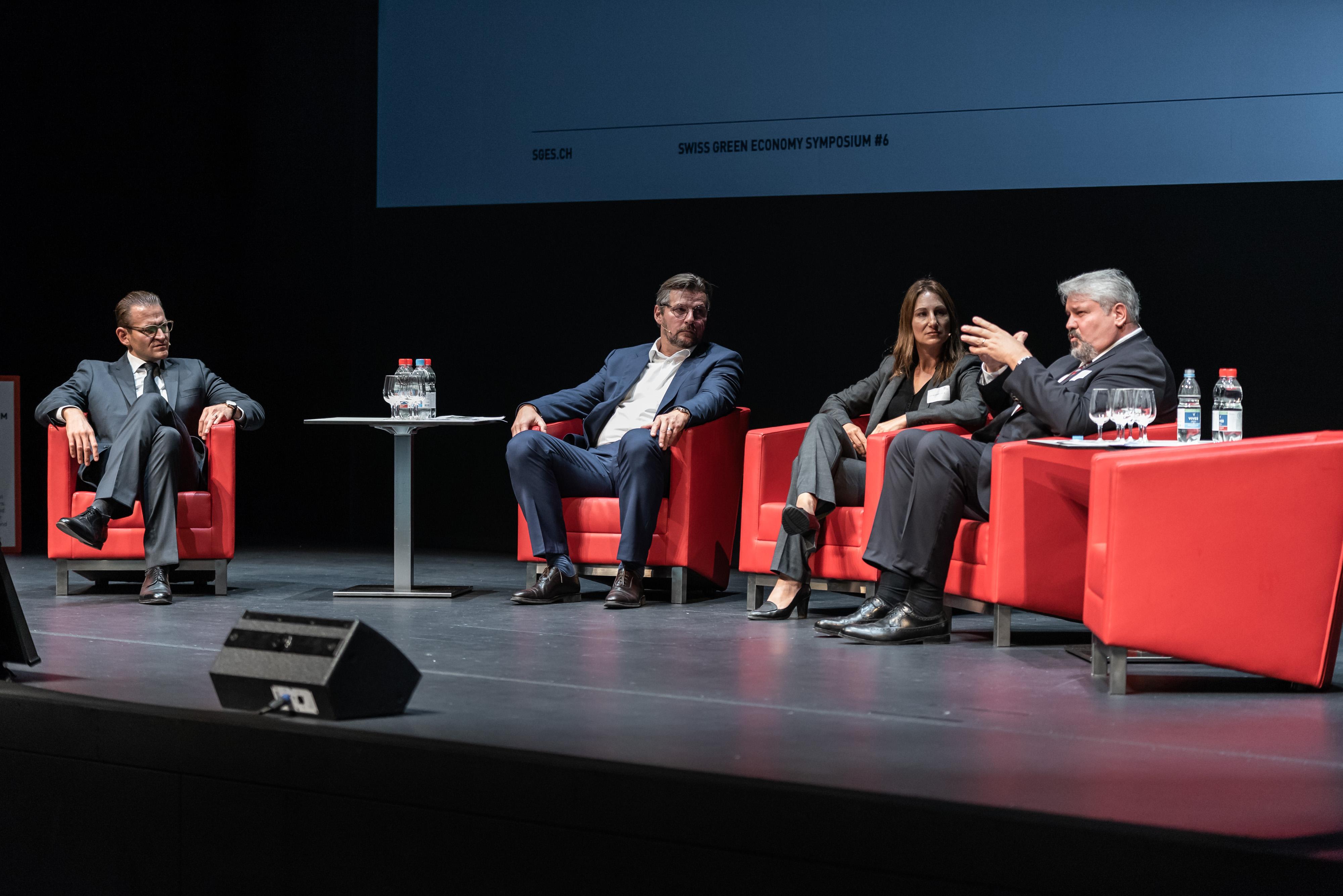 SGES 2018 Power Panel Michael Wider, Präsident VSE/AES Verband Schweizerischer Elektriziätsunternehmen; Adèle Thorens Goumaz, Nationalrätin; Michael Künzle, Stadtpräsident Winterthur.
